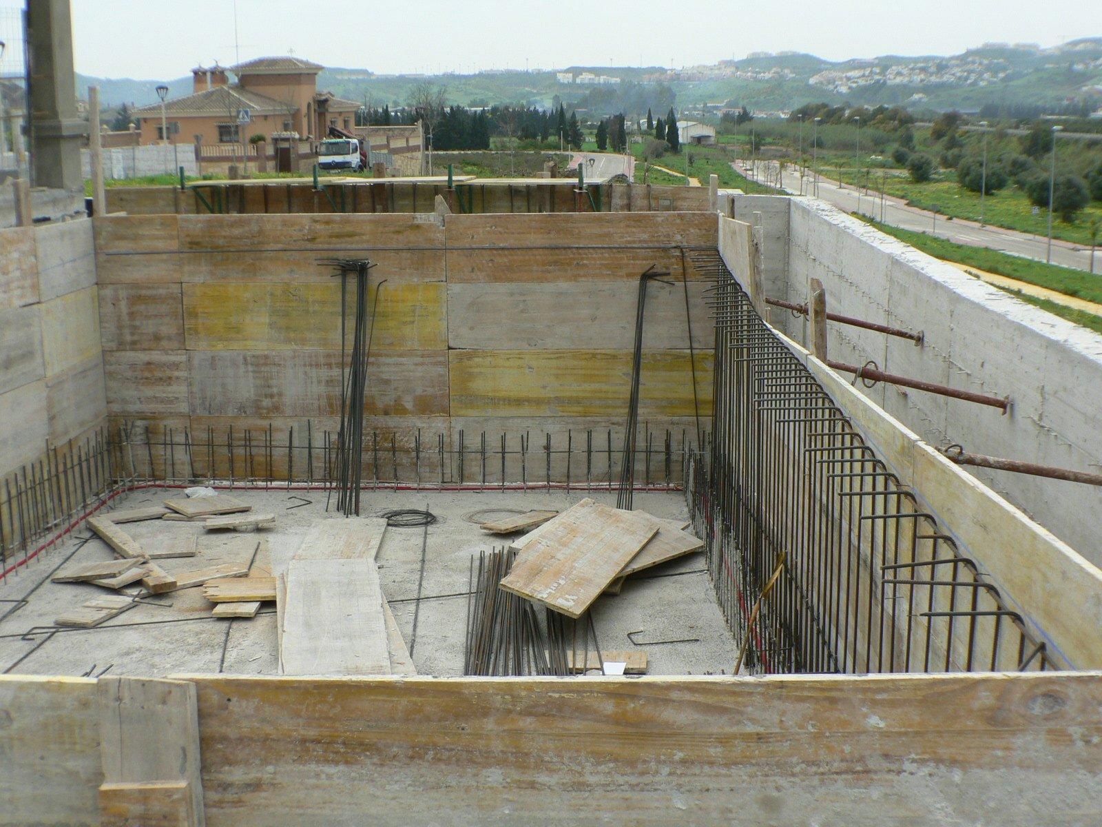 Dep sitos de hormig n o mortero de cemento pinturas arenas - Pinturas arenas granada ...